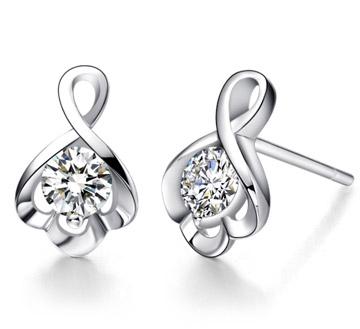 幸福耳海-白18K金钻石耳钉