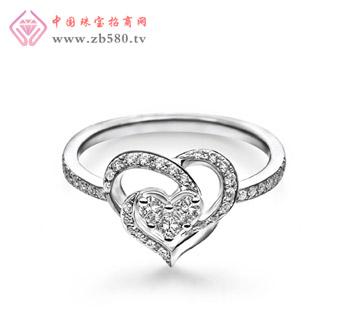 18K金心形钻石戒指