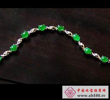 金大东珠宝--翡翠项链