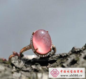 红纹石戒指