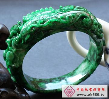 翠龙轩珠宝--精品翡翠手镯
