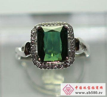 绿色碧玺戒指