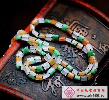 三彩翡翠手工珠片项链