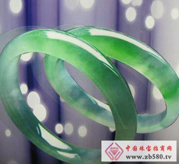 中国黄金珠宝--翡翠手镯