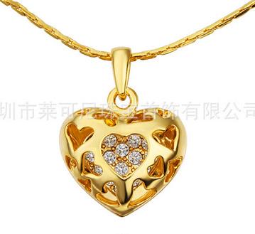 18K黄金项链-镂空心形吊坠-韩版项