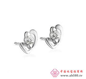 心思—21分圆钻18k白金钻石耳钉、