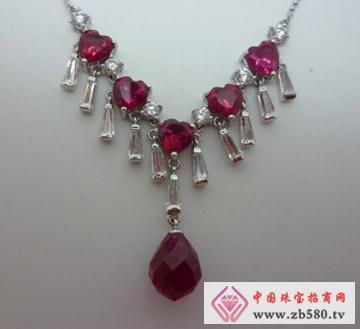 S925银天鹅堡红宝石款项链
