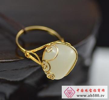 金镶玉戒指