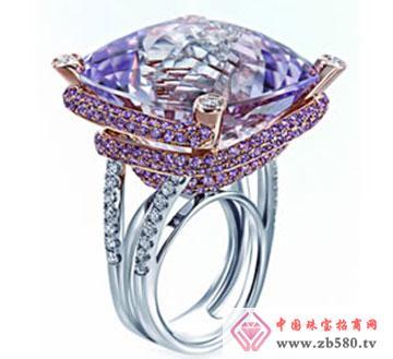 鑫钿珠宝-彩钻