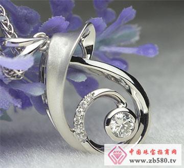 川川珠宝水漾钻石吊坠