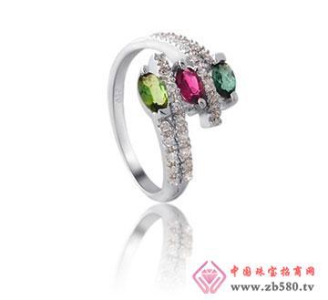 kisvi珠宝品牌三朵金花女款戒指
