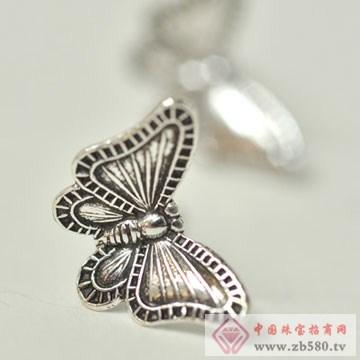 法蒂尼-925纯银复古风蝴蝶耳钉