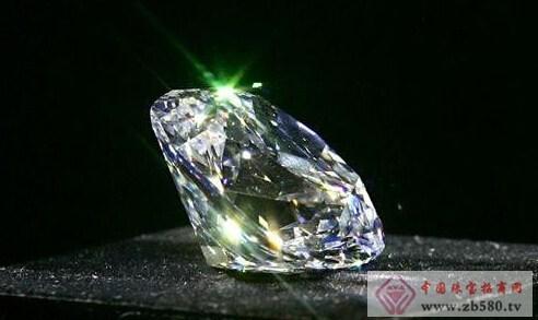 一克拉钻石有多大图片