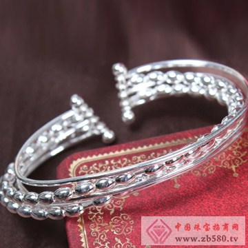 俏银匠-S999纯银时尚手镯01