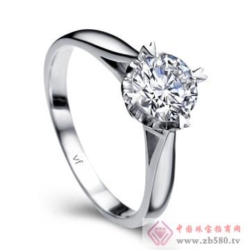 万凤珠宝-白18K金钻石女戒【芳心