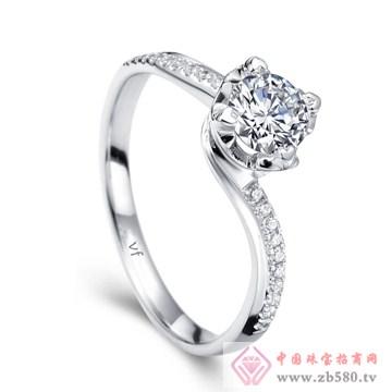 万凤珠宝-白18K金钻石女戒【开启