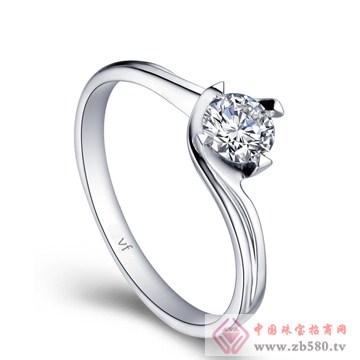 万凤珠宝-白18K金钻石女戒【玫瑰