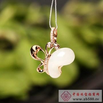 天津珠宝街-K金镶嵌和田玉-花蝴蝶