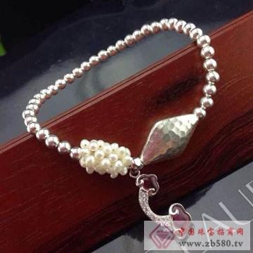 利和利贞-S925时尚纯银手链