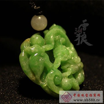 雪湖狼树化玉珠宝吉祥、幸福阳绿翡