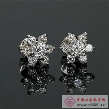 宝丽莱珠宝-钻石耳钉
