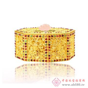 金雕花嵌宝石八角盒