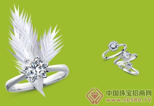 正因为有着对珠宝的深刻感悟,i do不断地把对神圣婚约的信仰,对恒久爱