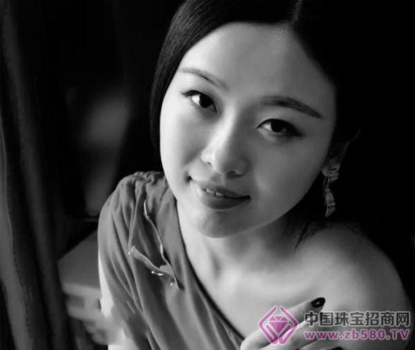 珠寶設計師劉蔓:首飾藝術記錄生命的意義