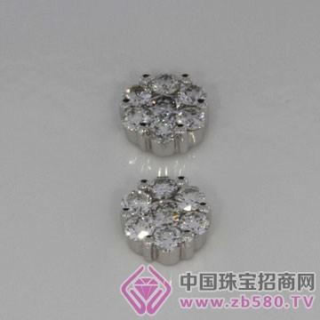 钻祺珠宝-钻石耳钉01