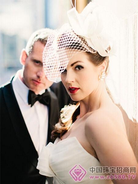 新娘头饰戴法图解 打造绝美新娘造型