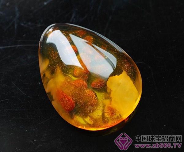 琥珀与蜜蜡的分子结构相同