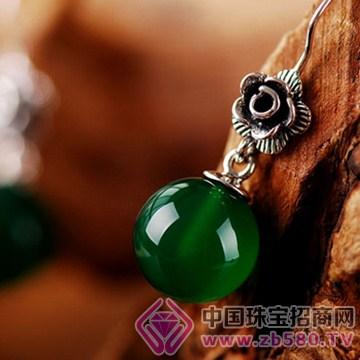 建银珠宝耳钉5
