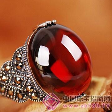 建银珠宝戒指