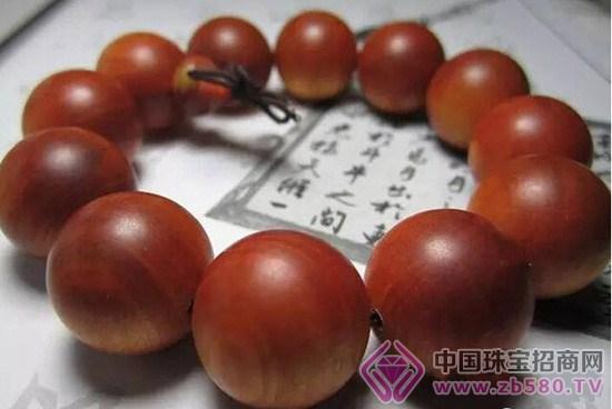 要让血龙木的珠子自然干燥