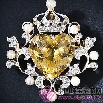 黄水晶胸针