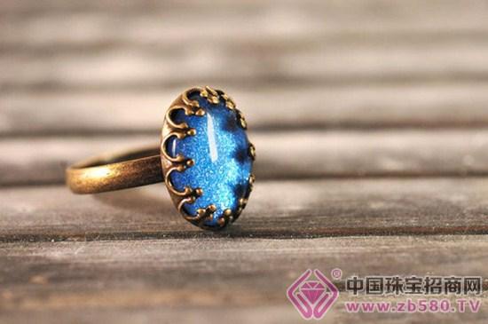 手工制作的戒指