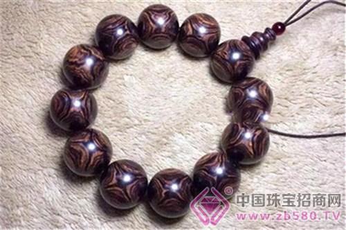 美国银桃红木材手串