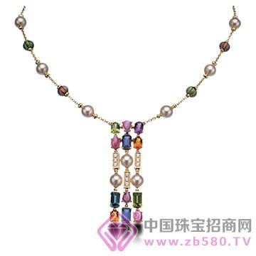 宝格丽珠宝项链1
