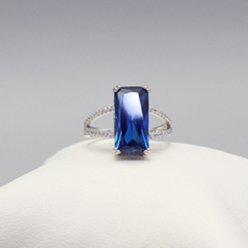 素雪银-方形蓝宝石戒指