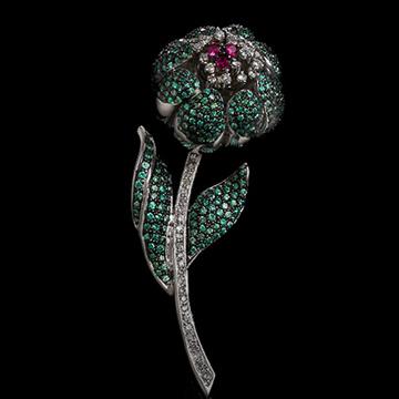 瑷美珠宝-路宝石镶嵌花朵