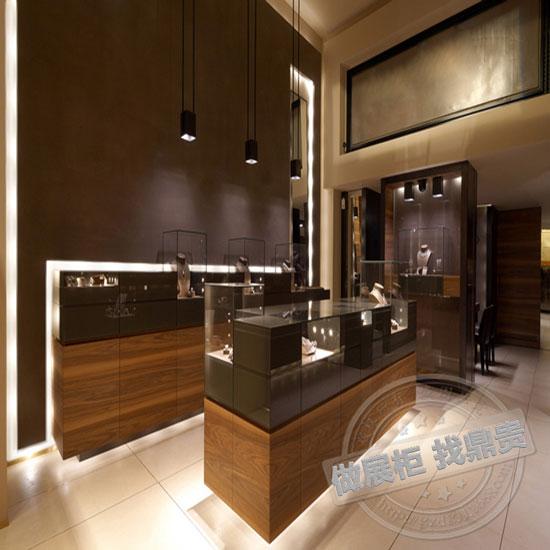 珠宝展示柜台设计的构思要点中重要的就是充分