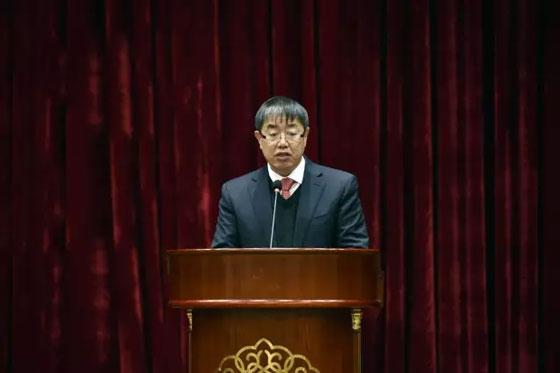 张永涛宣读中国黄金协会会长宋鑫发来的贺信