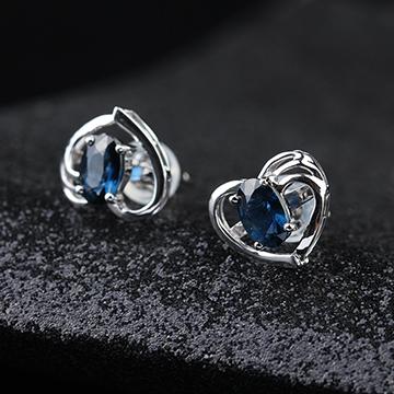 宇彩珠宝S925银饰心形蓝宝石耳钉