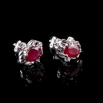 我爱珠宝城红宝石耳插
