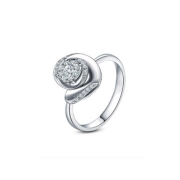 黄金珠宝投资-时尚K金系列花朵钻石