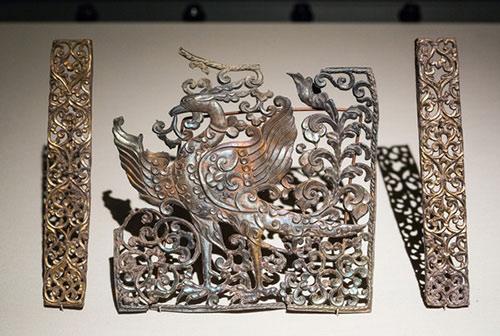 穿越时空的文化:中国古代银饰收藏图片