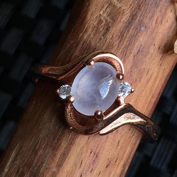 觅一翡翠冰种蛋形戒面戒指