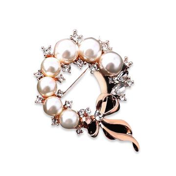 卡拉菲珍珠花环胸针