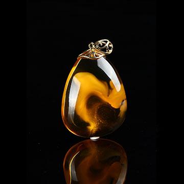 安曼博珠宝琥珀纯净吊坠