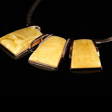 安曼博珠宝琥珀项链
